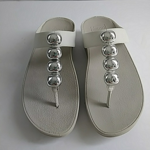 daf490bdfbfd Fitflop Shoes - FITFLOP IVORY SANDALS W  SILBER TONE DECOR SIZE 6